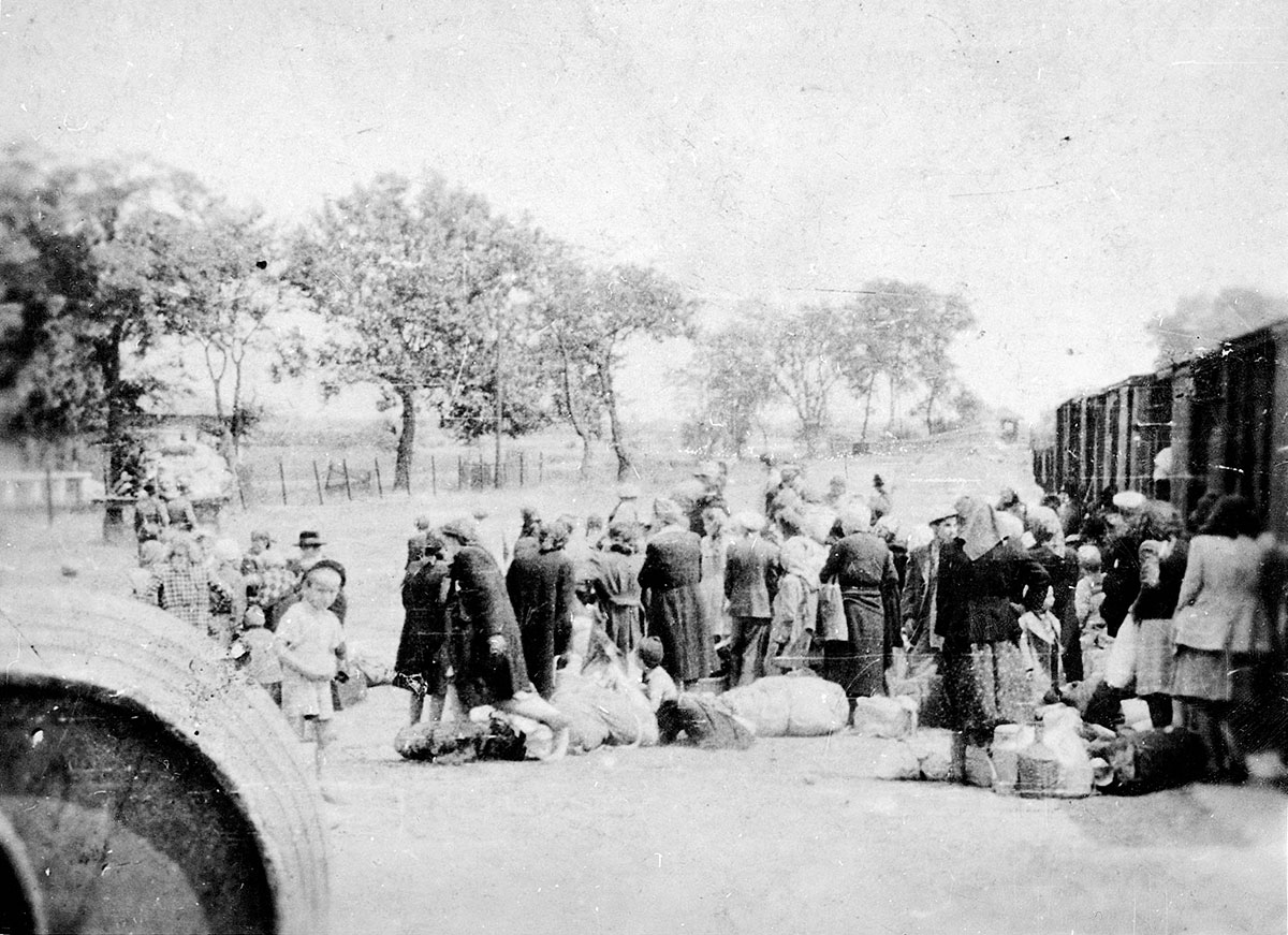 Soltvadkert, Hungary, Jewish deportees before boarding the deportation train, June 1944