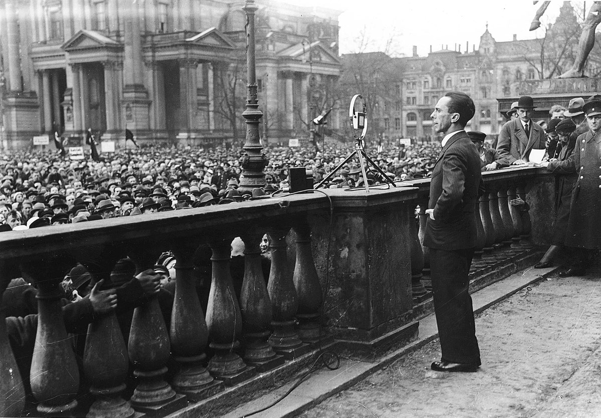 Berlin, Germany, 01/04/1933, Goebbels giving a speech and announcing an economic boycott against Jews