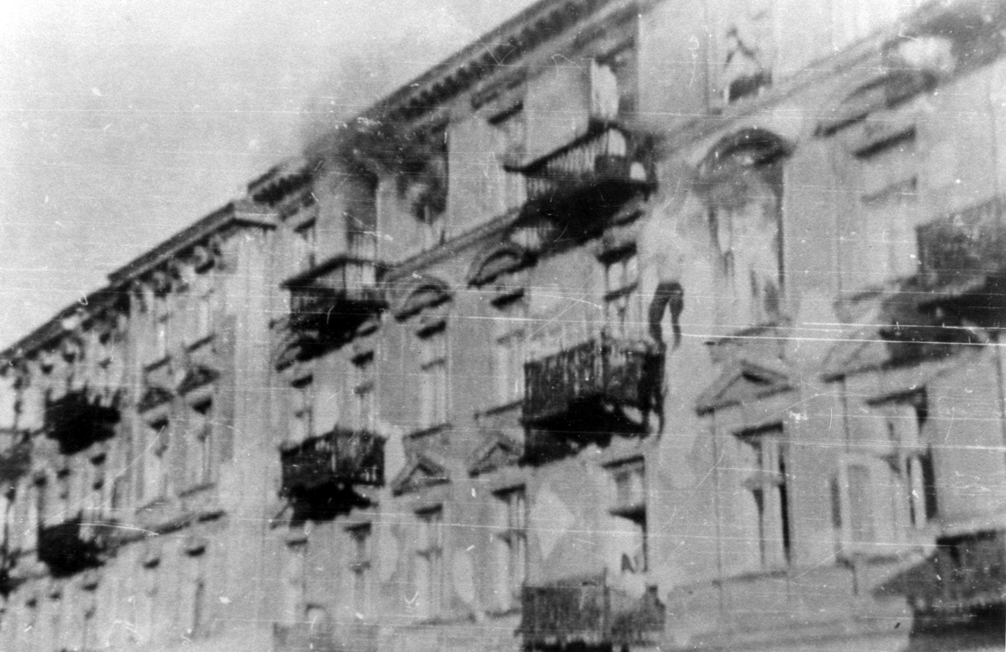 A Jew leaps from a burning building, during the suppression of the Warsaw Ghetto uprising