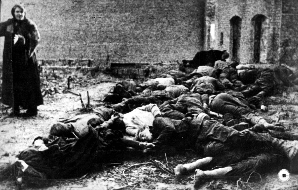 Kiev, Ukraine, Bodies of Jews on Michailowska Street, 06/11/1943. Photographed on the day of the city's liberation