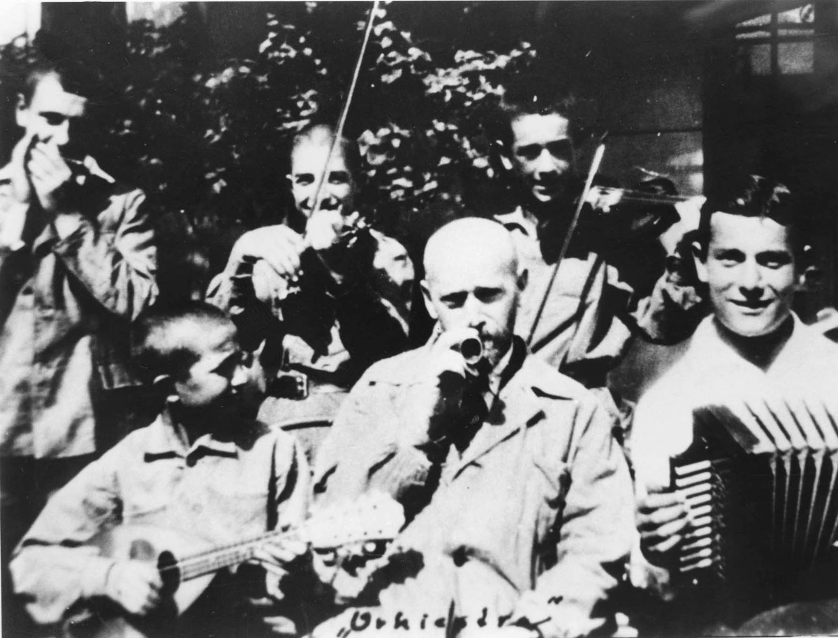 Warsaw, Poland, Janusz Korczak with the orphanage orchestra, 1933-1934