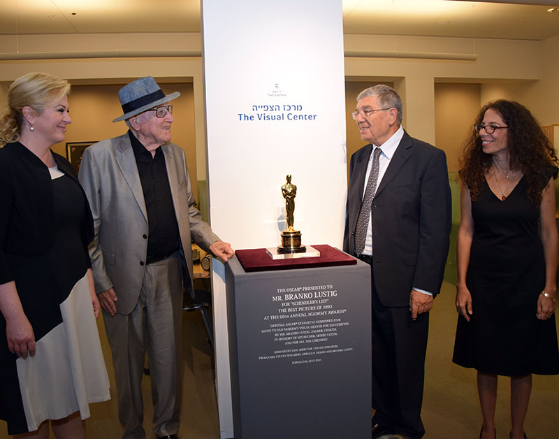 """Schindler's List"" Oscar on Display at Yad Vashem"