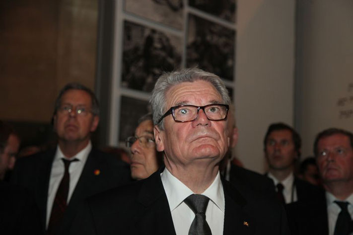 President Joachim Gauck in the Holocaust History Museum