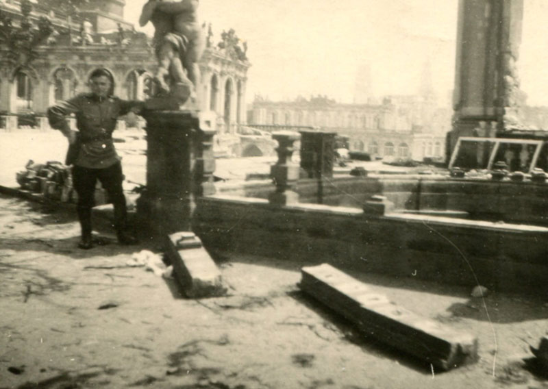 Leonid Rabinovich, near the destroyed Gallery in Dresden, 1945