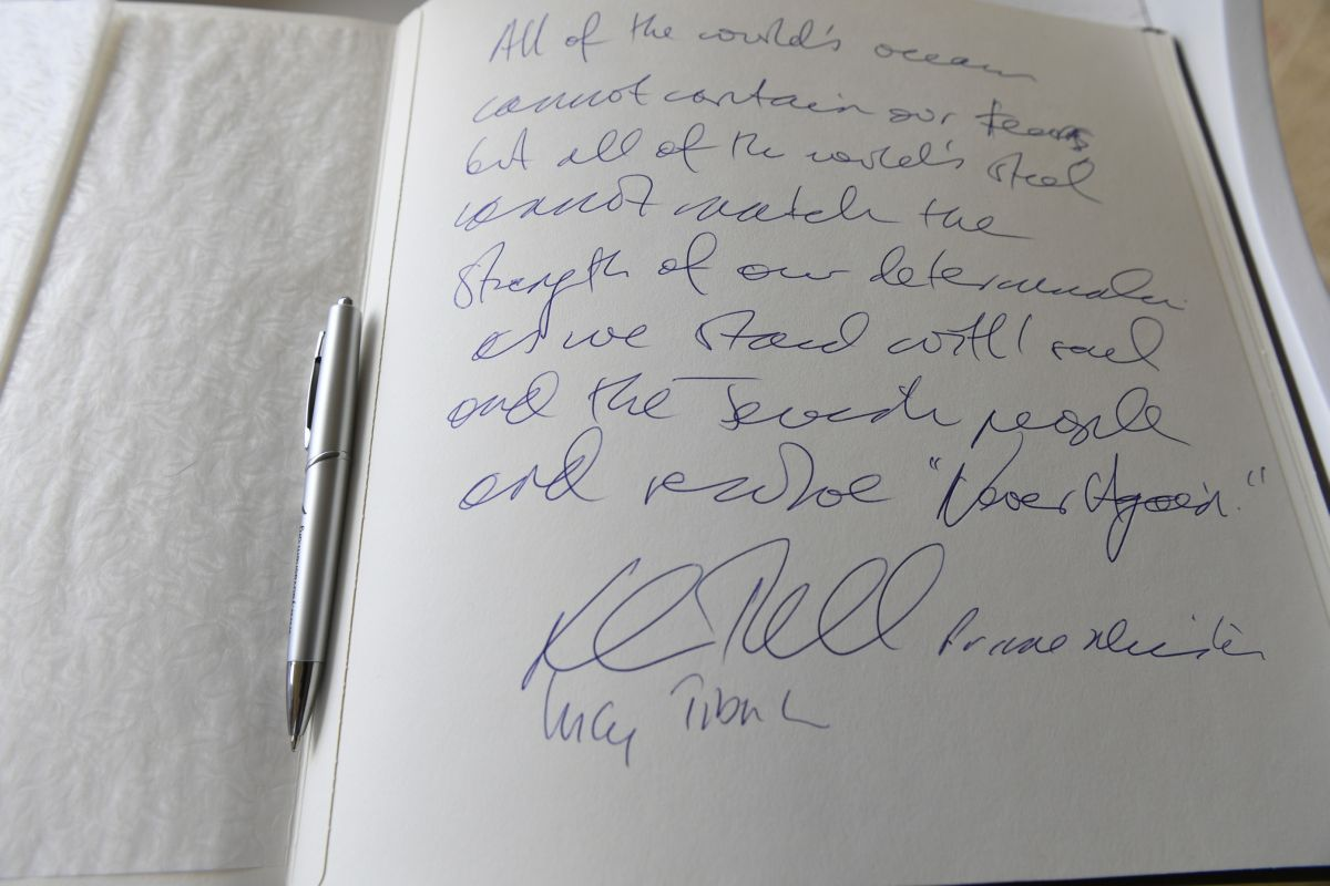 The Honorable Malcolm Turnbull MP message in Yad Vashem's Guestbook