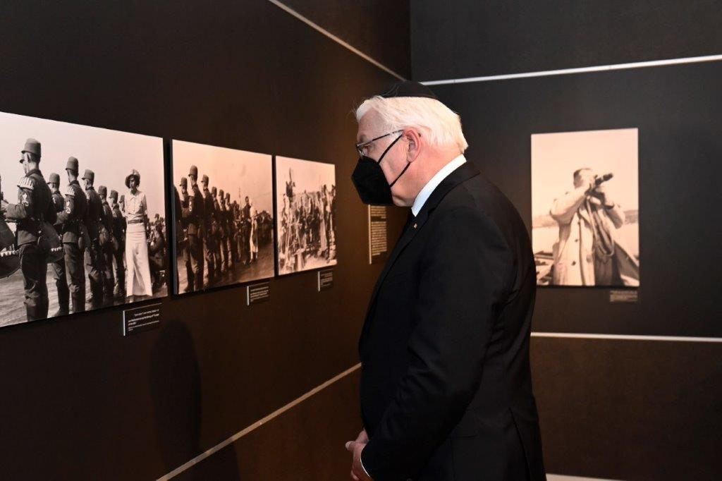 """German President Steinmeier views a display in the """"Flashes of Memory"""" exhibition"""