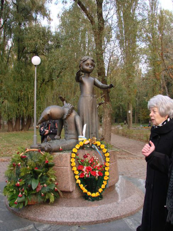 Monument to the children murdered at Babi Yar, opened in 2001. Photo by Arkadi Zeltser.