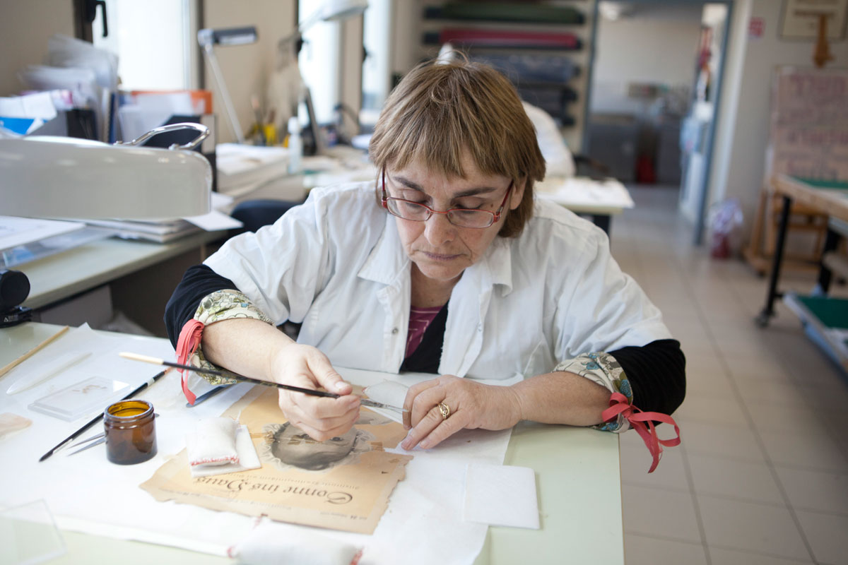 Conservation of a Holocaust-era Document