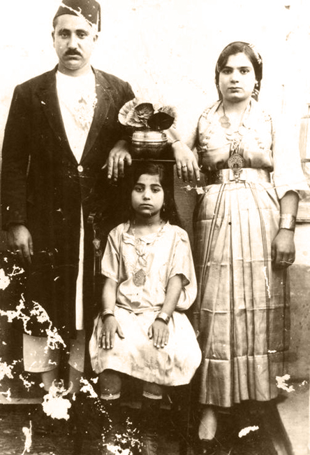 Hlafo el-Gawi (Babi) with His Wife Emilya
