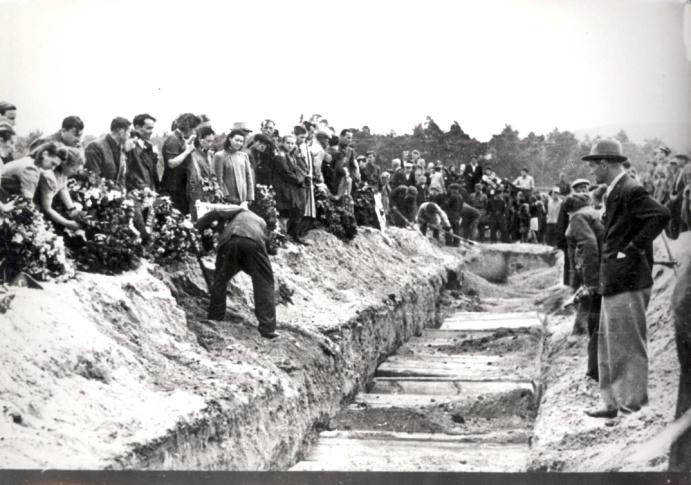 Kielce, Poland, A mass grave of the victims of the pogrom in town, July 1946