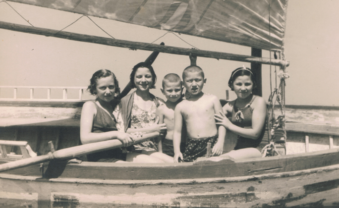 Orphanage children in a vacation at Split – 1947. Shela is second from the left.