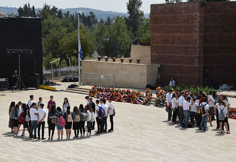 Snapshots of Memory - Marking Holocaust Remembrance Day at Yad Vashem