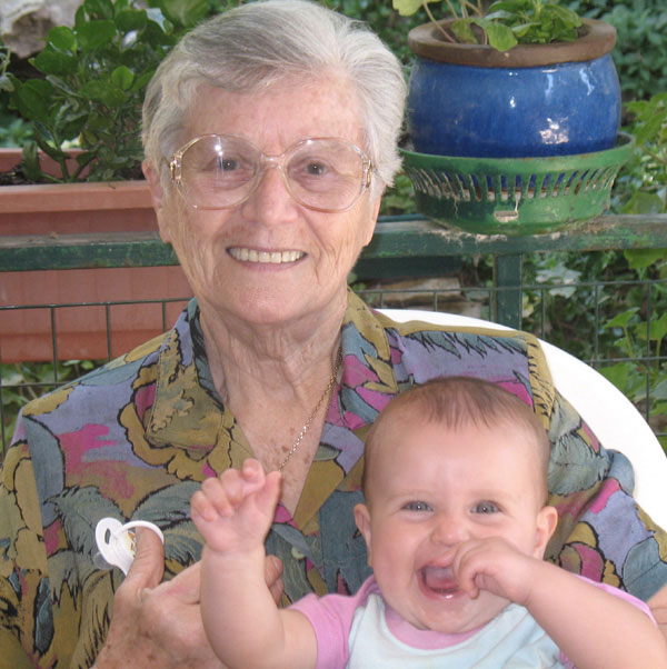 Hedi and her great-granddaughter Rotem, 2007