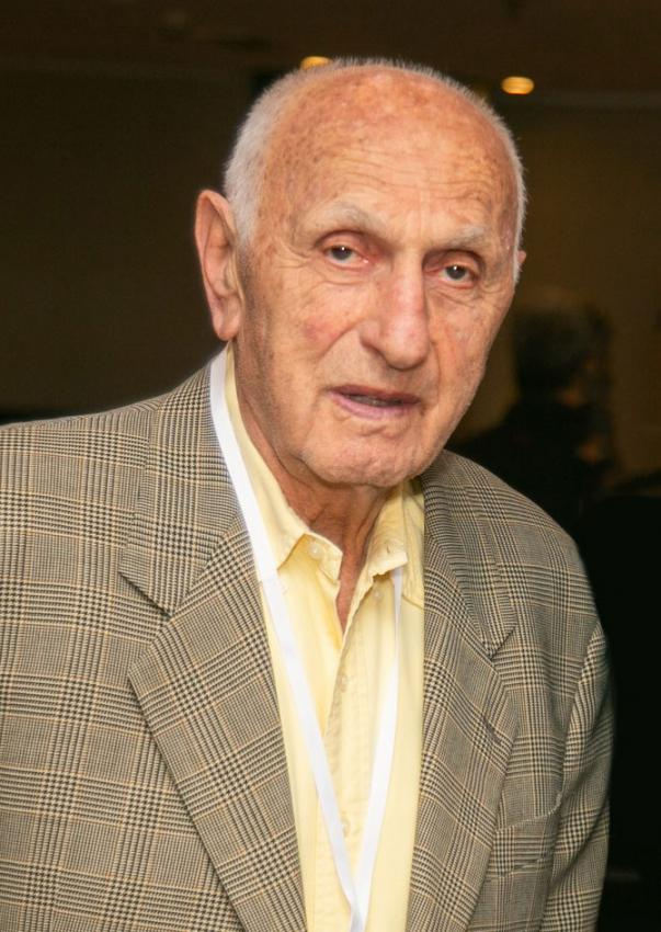 "Holocaust survivor Naftali ""Tuli"" Deutsch"