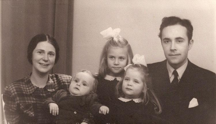 The rescuer with his family, 1944