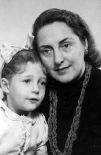 The rescuer, Elena Žalinkevičaite - Petrauskienė, and the rescued child, Dana Pomeranz