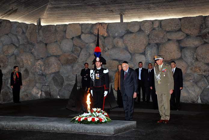 President Napolitano during the memorial ceremony in the Hall of Remembrance