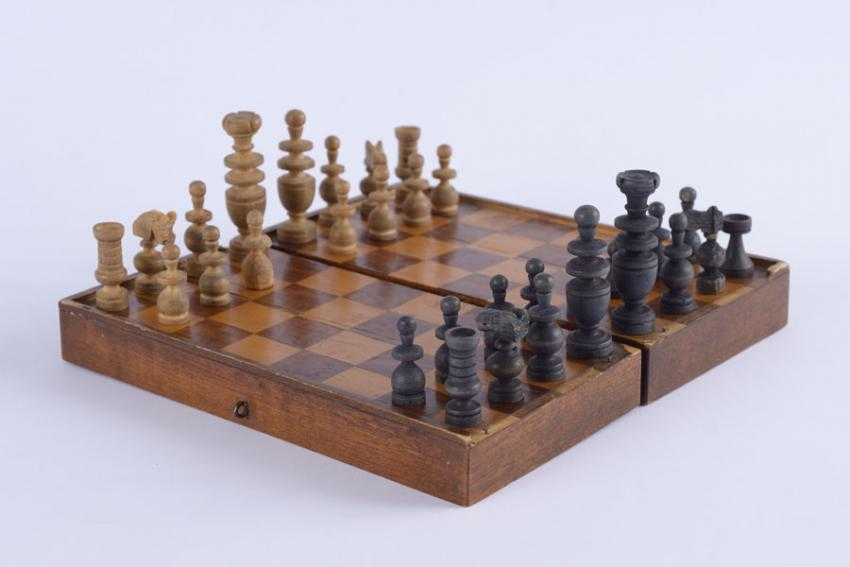 "Chess set that belonged to Lupu Credinciosu, who was murdered on the ""Death Train"" from Iasi in 1941"