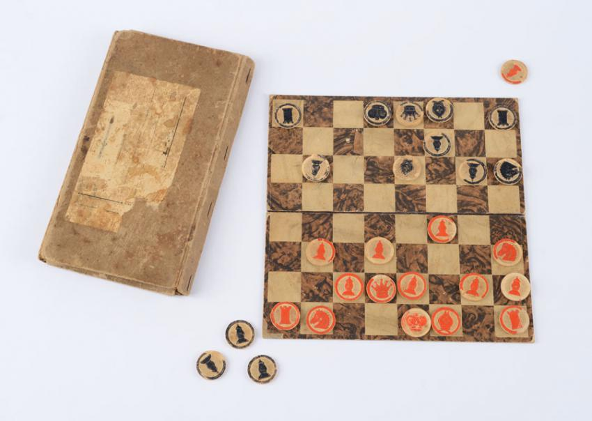 Chess set: box and pieces