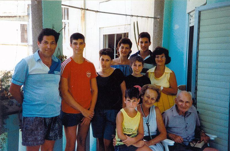 Walter and Lily Loebner with their daughters and grandchildren, Haifa, the 1990's