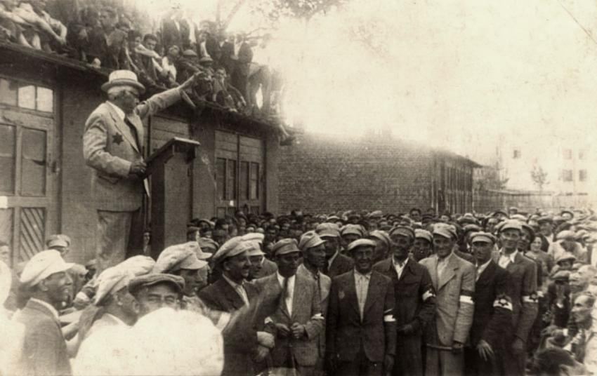 Mordechai Rumkowski speaking to a crowd in the Lodz Ghetto, Poland, June 15, 1940