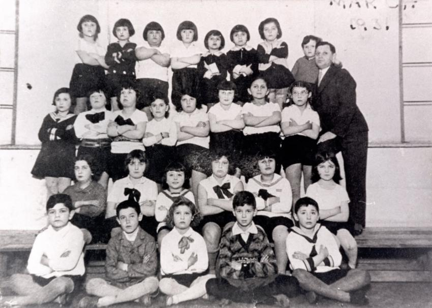 Class in a Jewish sports organization in Krakow, Poland, March 1931