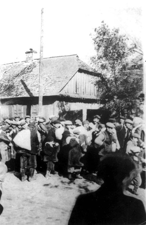Deportation of Jews from Parysow, Poland, September 27, 1942