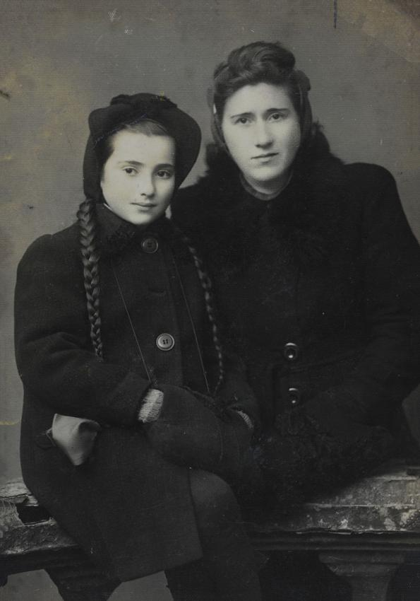 Esther and Lila Bromberg after the war, Poland