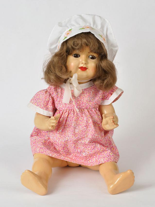 Doll that was bought for Yehudit Friedman after the war to replace the doll that she had with her in the ghetto