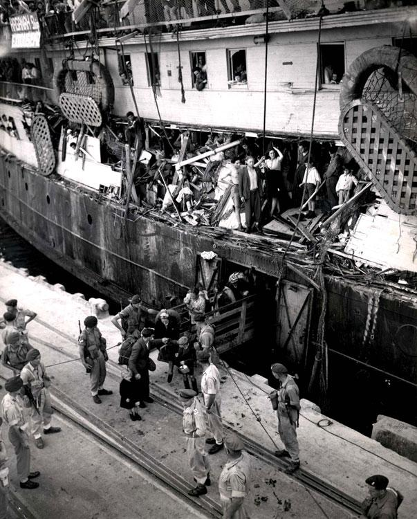 British soldiers removing Jews from the Exodus in the Port of Haifa, July 18, 1947