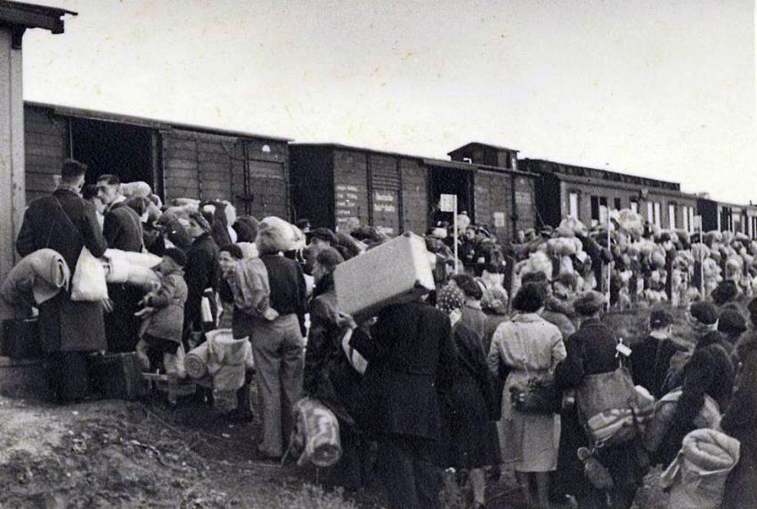 Westerbork, Holland, Jews boarding a deportation train to the Auschwitz-Birkenau Extermination Camp