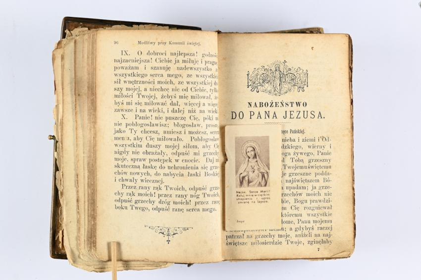 Catholic prayer book that belonged to Anna Chelpa, who hid three Jews in her home, including Miriam and Yehoshua Laufer