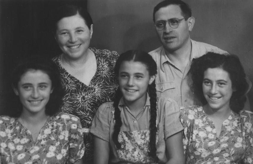 Moshe and Tzipora Ressler and their daughters, Aliza, Rachel and Miriam in Israel