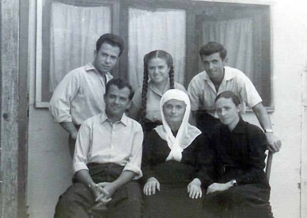 The Jews with their rescuers at the Veseli house