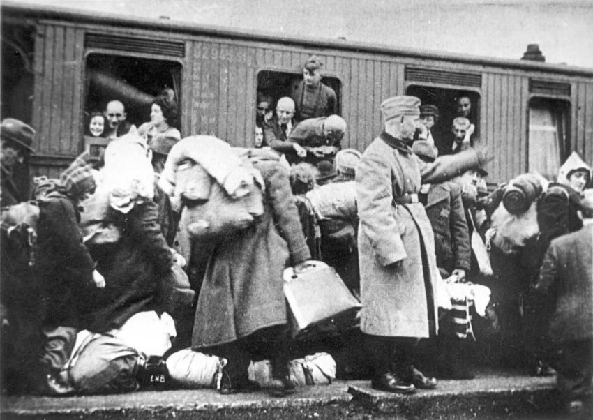 Deportation of Jews from Muenster, Germany, to the Riga Ghetto, Latvia, December 13, 1941