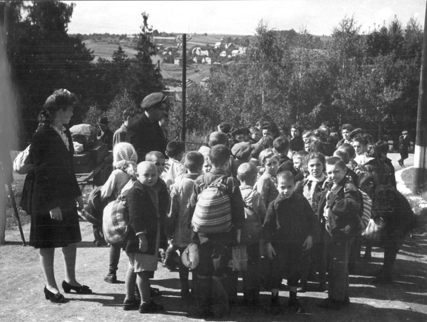The Bericha - Children and Adults on The Way to Western Europe, Postwar