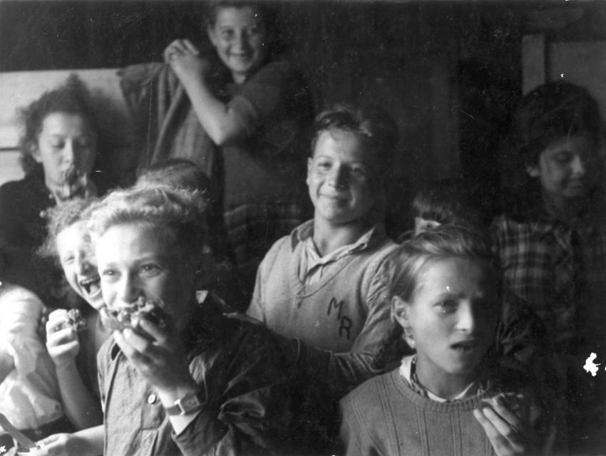 The Bericha - Children Eating in a Gathering Place, Location Unknown
