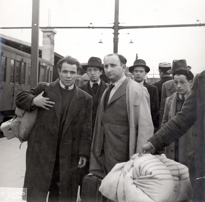 Round up and deportation of Jews of foreign nationality from Paris, France, May 14, 1941