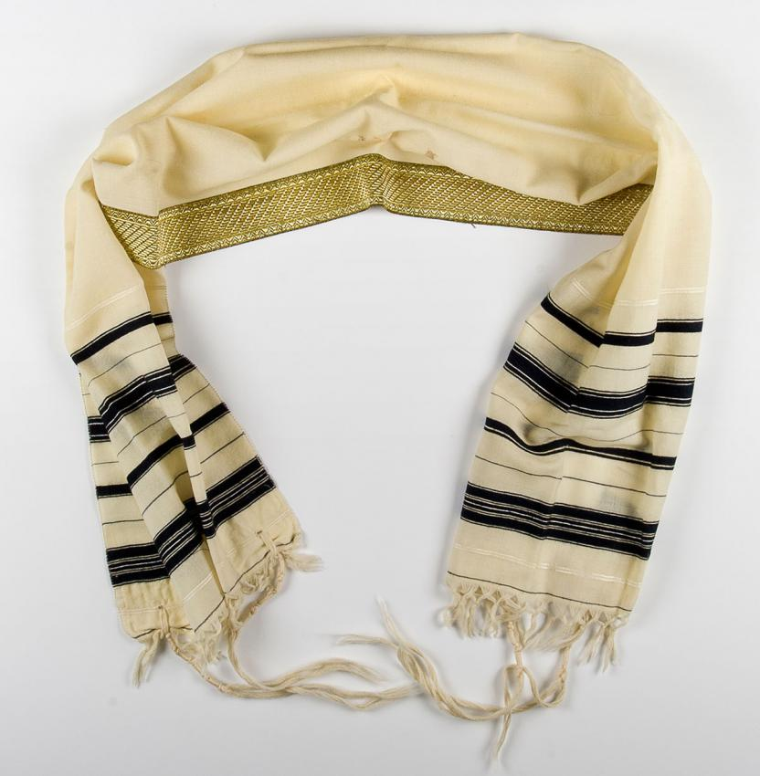 Prayer shawl Jiři Bader received for his Bar Mitzvah, celebrated in the Theresienstadt ghetto in 1944