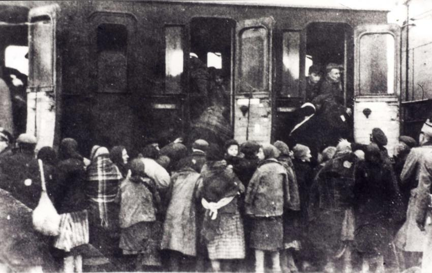 Deportation of Jews from Plonsk, Poland to Auschwitz-Birkenau, October 1942