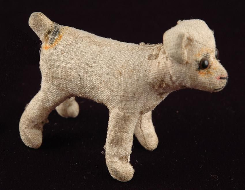 Marion Rochman's puppy doll that came from Germany to England as part of the Kindertransport