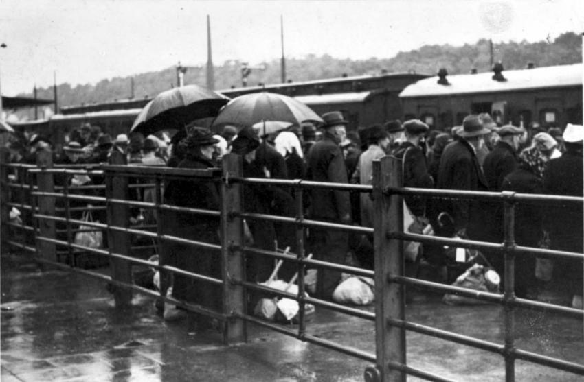 Deportation of Jews from Wiesbaden, Germany, August 29, 1942