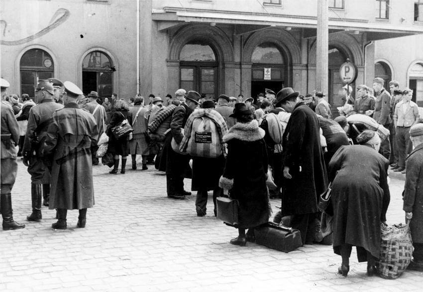 Deportation of Jews from Hanau, Germany, by German soldiers, May 30, 1942