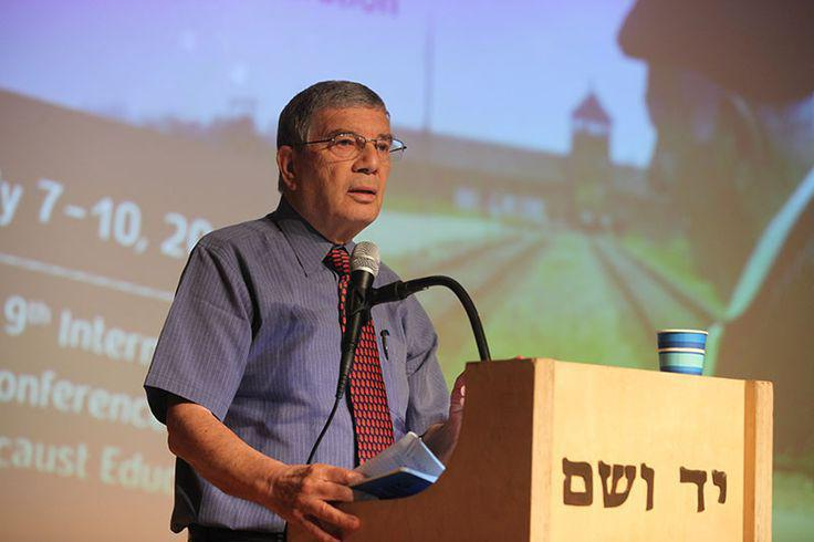 Chairman of Yad Vashem Directorate Avner Shalev welcoming participants of the 9th International Conference on Holocaust Education