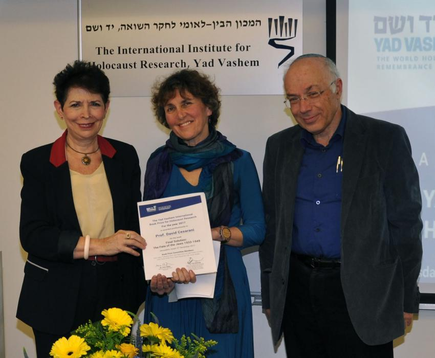Mrs. Dawn Waterman-Cesarani receiving the 2017 Yad Vashem International Book Prize awarded posthumously to her husband, Prof. David Cesarani, for his book, Final Solution: The Fate of the Jews 1933-1949