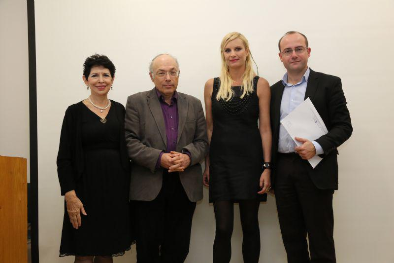 Left to right: Yad Vashem Chief Historian Prof. Dina Porat, Head of the International Institute for Holocaust Research and John Najmann Chair for Holocaust Studies Prof. Dan Michman, donor Sabina, prize-winner Prof. Johann Chapoutot