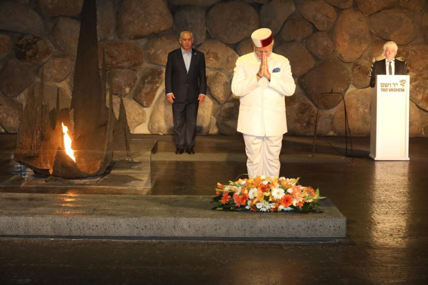 Prime Minister of India lays a wreath in the Hall of Remembrance Yad Vashem