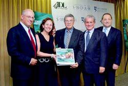 Yossie and Dana Hollander (donors) (left), Avner Shalev (Yad Vashem), Douglas Greenberg (Shoah Foundation), and Abraham Foxman (ADL) at the launch event in Los Angeles