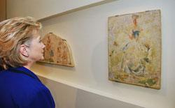Secretary Clinton views the Bruno Schulz: <i>Wall Painting under Coercion</i> display in the Holocaust Art Museum at Yad Vashem today