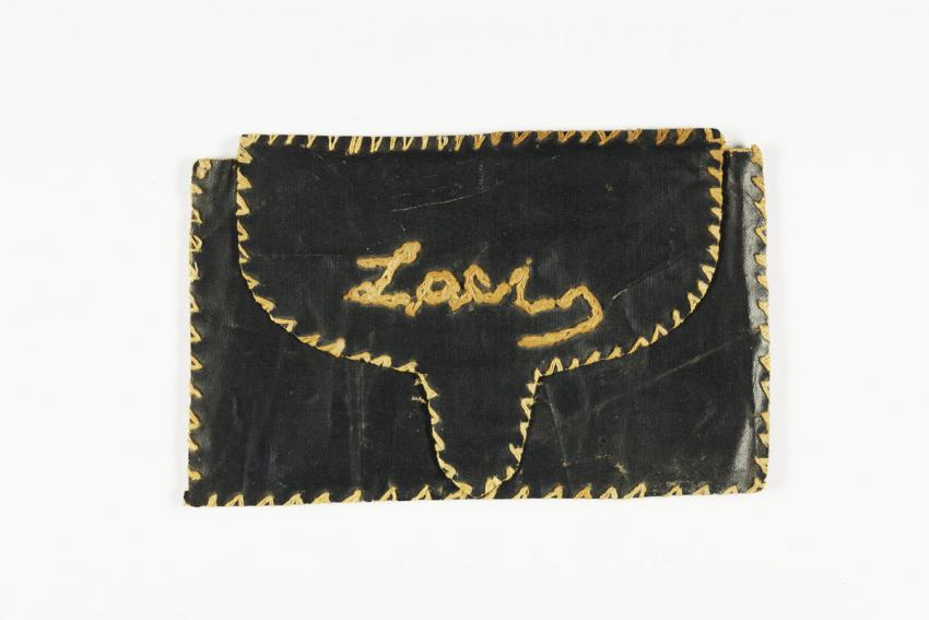 Fabric envelope for letters that Klara Fried made for her husband before she was deported to Auschwitz